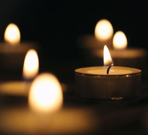Pavement_candles